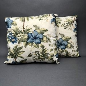 Accent Pillows 2 tropical print and palm trees